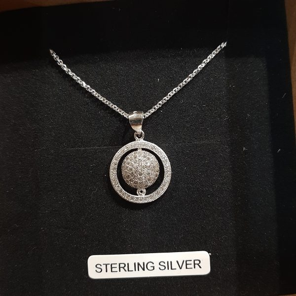 Sterling-silver-circle-pendant