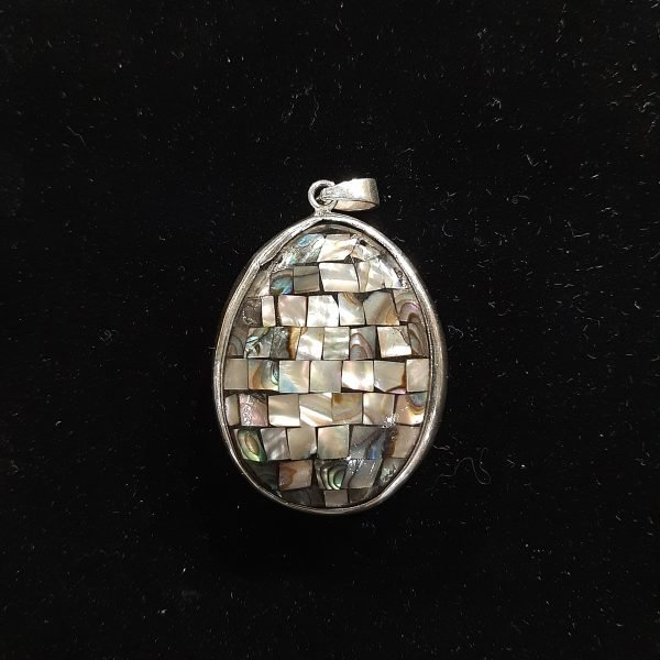 paua-shell-pendant
